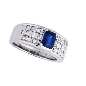 Platinum, dia and blue sapphire ring. Dia 1.65cts, BS=1.18cts