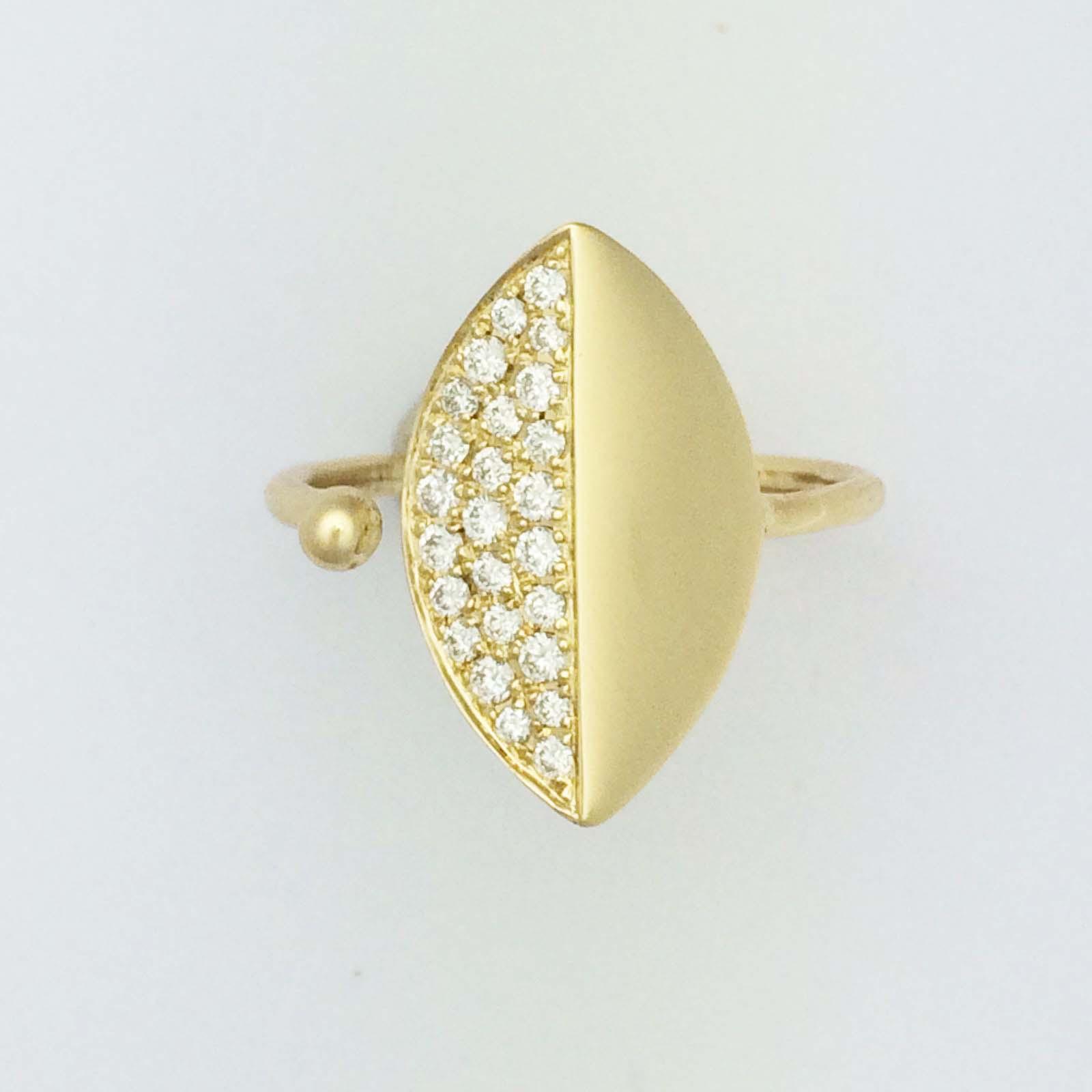 18k Diamond leaf ring