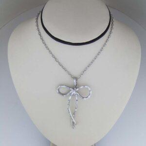 Large dia baguette bow pendant