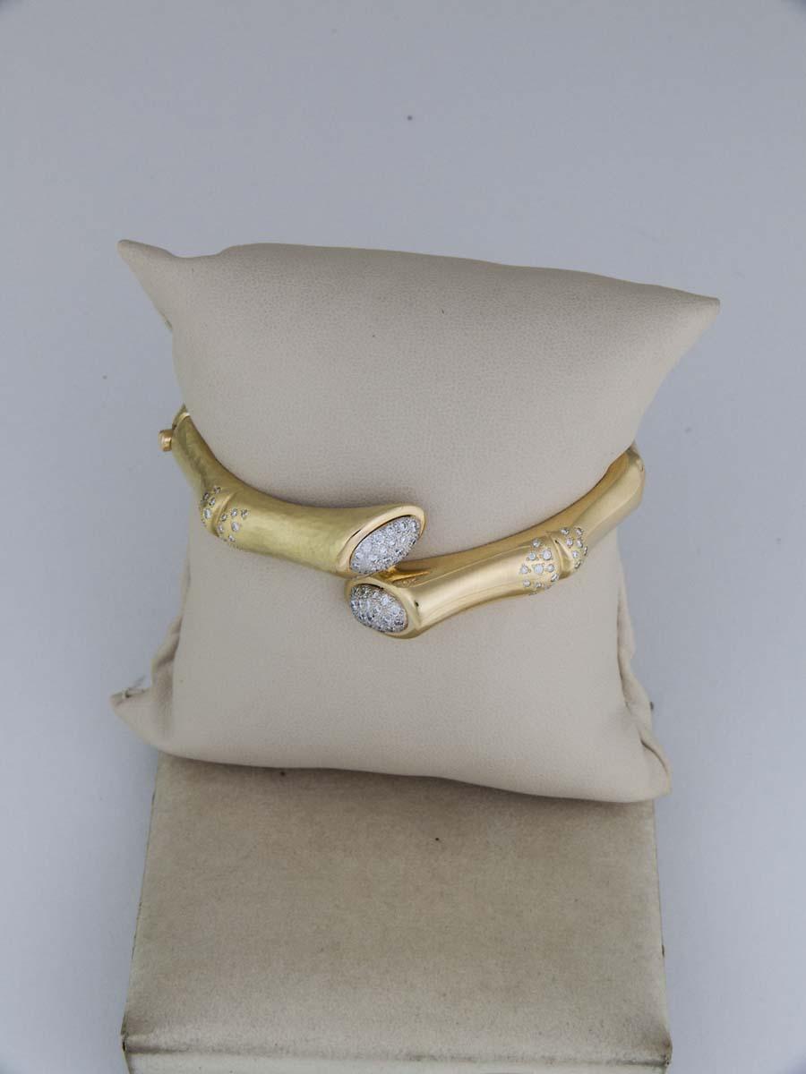 18k Bamboo bracelet with diamond ends