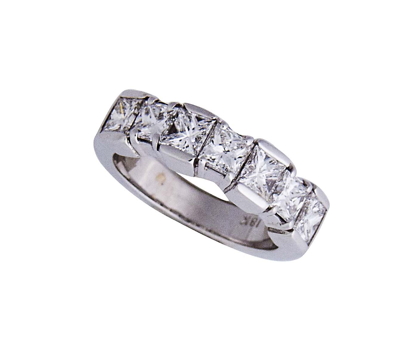 18k unique 1/2 eternity ring