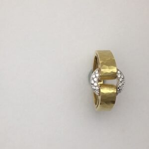 18k yellow gold diamond circle ring